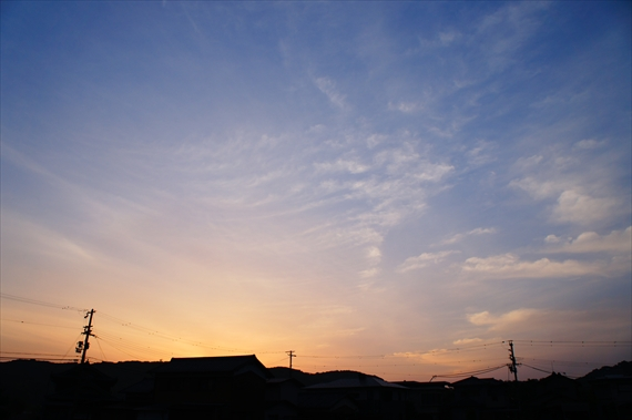 http://awaji-kenji-hiroko.com/swfu/d/auto_xG8w4z.JPG